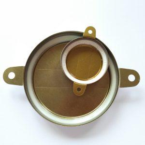 Изображение внутренней стороны комплекта крышек-пломб для бочки 200 литров. Крышки без стрелки.