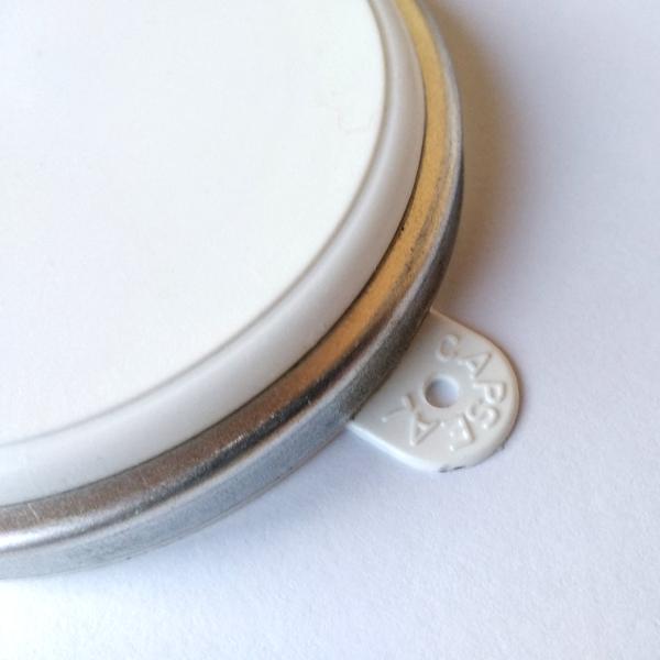 пластиковая крышка пломба для бочки
